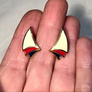 🌺Vintage Monet Enamel Earrings